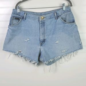 Wrangler Vintage High Rise Distressed Shorts 14-16